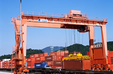 第一種貨物利用運送事業